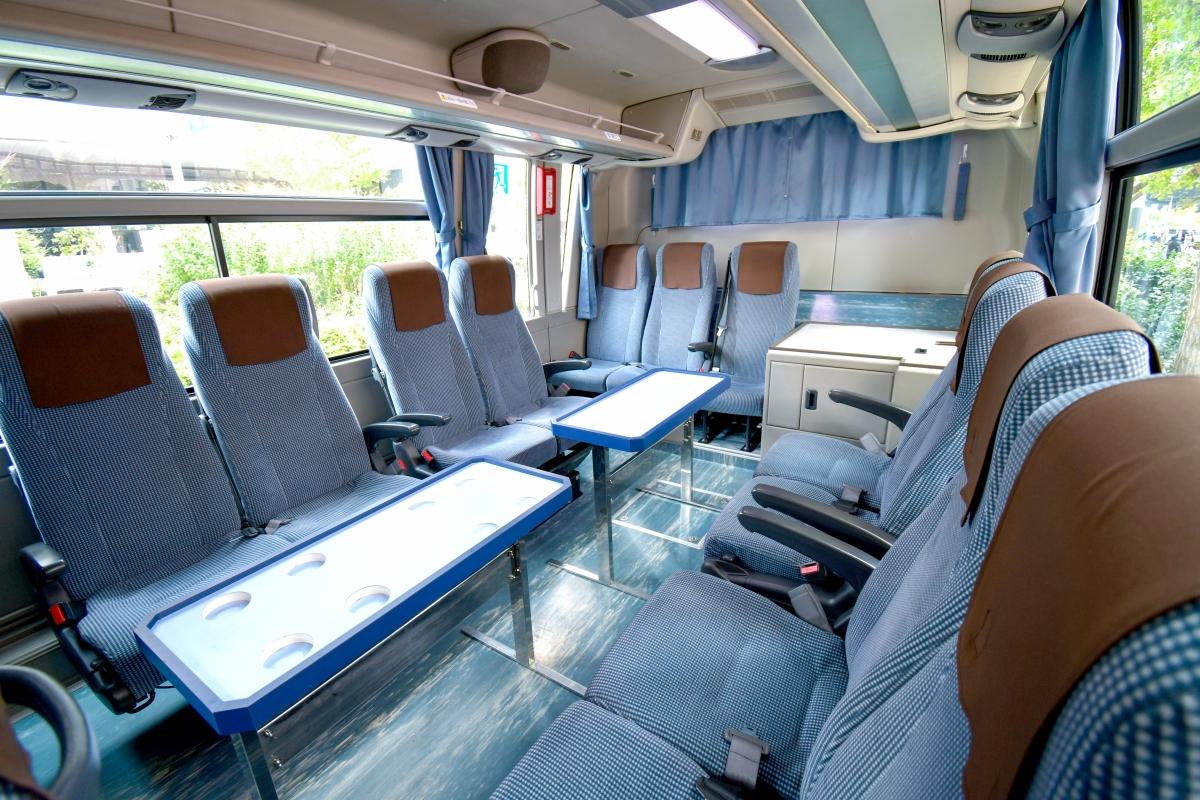 中型バス(三菱ふそう)